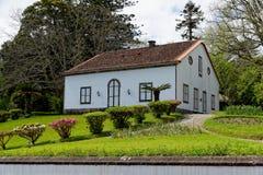 Das alte Haus auf Azoren stockfoto