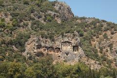 Das alte Schloss im Felsen 2 Lizenzfreie Stockfotos