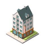 Das alte Wohngebäude in der europäischen Art mit einem Dachbodenboden Lizenzfreies Stockfoto