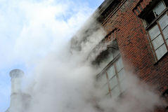 Das alte Ziegelsteingebäude Stockfotografie