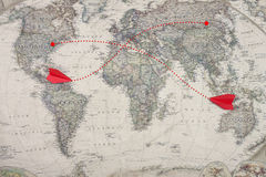 Das alten Düsenflugzeug der Karte und der roter Farbe spielen Modell Lizenzfreie Stockbilder