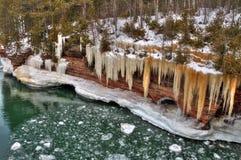 Das Apostel-Islands nationale See-Ufer sind ein populärer touristischer Bestimmungsort auf Oberem See in Wisconsin lizenzfreie stockfotos