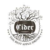 Das Apple-Logo eines alkoholischen Getränkes in einem Fass Stockbilder