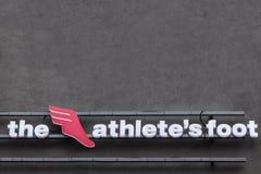 Das Athelete-` s Fußlogo auf ihrem Hauptshop für Belgrad Alias TAF, ist es ein Schweizer globaler Einzelhändler von athletischem  lizenzfreie stockfotos