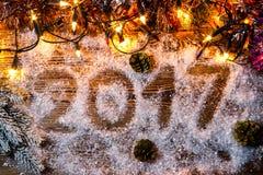Das Aufschrift ` ` 2017 im Schnee Lizenzfreie Stockfotos