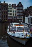 Das Ausflugboot lizenzfreies stockbild