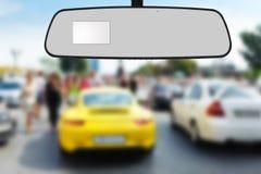 Das Auto des Spiegels lizenzfreies stockfoto