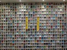 Das Bücherregal des Kindes lizenzfreie stockfotografie