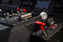 Das Bedienfeld der Pilot innerhalb eines Passagierflugzeuges, Bedienfeld des Flugzeuges Lizenzfreies Stockbild