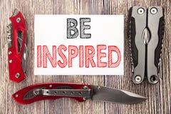 Das Begriffshandschrifttexttitelinspirationsdarstellen wird angespornt Geschäftskonzept für Inspiration und Motivation geschriebe stockbilder