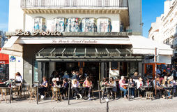 Das berühmte traditionelle Heilige Eustache, Paris, Frankreich bistro Le Pointe Lizenzfreie Stockfotografie