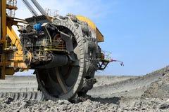 das Bergbau dreht innen Braunkohlegrube Lizenzfreies Stockbild