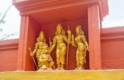 Das bildhauerische ensemple von hindischen Gottheiten Stockfotos