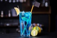 Das blaue Lagunen-Cocktail Stockbilder