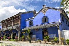 Das blaue Villenhaus in Penang Stockfotografie