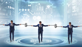Das blockchain Konzept mit dem Geschäftsmannhändchenhalten Stockbild