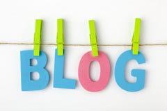 Das Blog, das mit Alphabet geschrieben wird, beschriftet Konzept Stockfoto