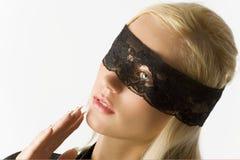 Das blonde mit Spitze auf Augen Stockbild
