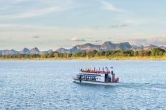 Das Boot im Mekong Nakhonphanom Thailand zum Lao Lizenzfreie Stockfotos