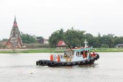Das Boot segelt auf Chao Phraya Rive lizenzfreies stockbild