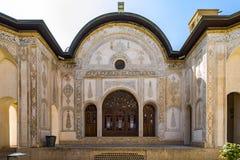 Das Borujerdi-Haus ist ein historisches Haus in Kashan, der Iran Das Haus wurde im Jahre 1857 vom Architekten Ustad Ali Maryam, f Lizenzfreies Stockbild