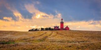 Das Bovbjerg Fyr an der dänischen Nordseeküste in Vestjylland stockfotografie