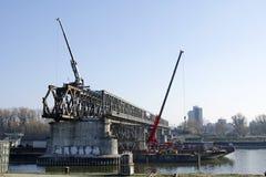 Das Bratislava Stary die meiste demontierende Brücke Stockbilder
