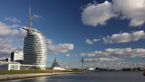 Das Bremerhaven-Konferenzzentrum, Segel-Stadt, Bremerhaven, Deutschland stock video footage
