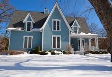Das Brown-Haus im Schnee Lizenzfreies Stockfoto