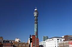 Das BT ragen in London hoch Stockbild