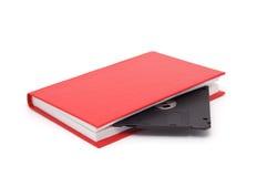 Das Buch mit einer Diskette. Lizenzfreie Stockfotos