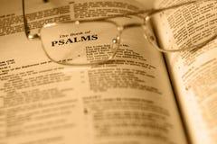 Das Buch von Psalmen Stockbild