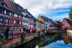 Das bunte Dorf von Colmar, Elsass in Frankreich Stockbild
