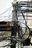 Das Chaos von Kabeln und von Drähten lizenzfreie stockfotografie