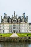 Das Chateau de Chambord bei Chambord, Loir-et-Cher, Frankreich, ist einer der erkennbarsten Chateaux in der Welt weil lizenzfreies stockfoto