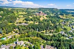 Das Chateau de Murol, ein mittelalterliches Schloss in Auvergne, Frankreich lizenzfreie stockbilder