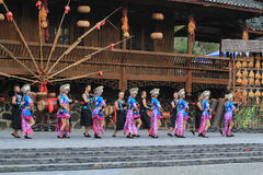 Das chinesische miao Tanzen Stockfotografie