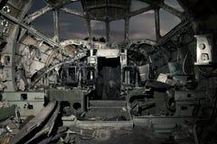 Das Cockpit des ruinierten Flugzeuges stockfotografie