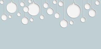 Das cyan-blaue Weihnachtsball-Verzierungsdesign mit blauem Hintergrund Stockfotos