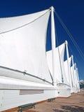 Das Dach des Kanada-Platzes mit weißen Segeln in Vanco Lizenzfreies Stockbild
