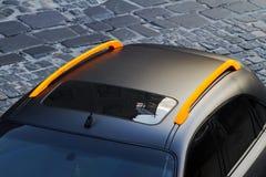 Das Dach eines Luxusautos lizenzfreie stockfotografie