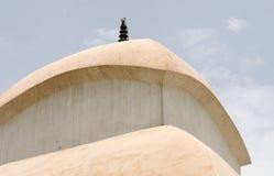 Das Dachdetail Kali Mandir des Tempels in Indien lizenzfreies stockfoto