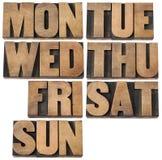 Días de semana en el tipo de madera Fotos de archivo libres de regalías