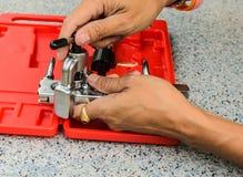 Das Demonstrationswerkzeug benutzt für Kupferrohraufflackern Stockfoto