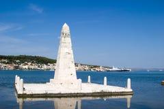 Das Denkmal auf der Drapano Brücke, Argostoli, Kefalonia, Septem Stockfotos