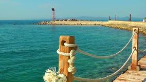 Das Dock Marine und das Meer stock video