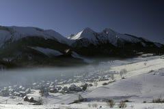 Das Dorf von Å-½ diar in Slowakei lizenzfreie stockbilder