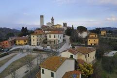 Das Dorf von Serravalle Stockbild