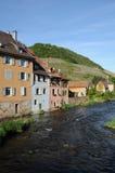 Das Dorf von Thann in Haut Rhin Stockbild