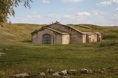 Das einzige restliche Gebäude in den Ruinen von Tiraspol-Schloss Stockfotos
